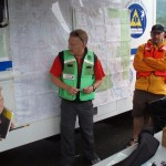 SAR Manager briefing searchers