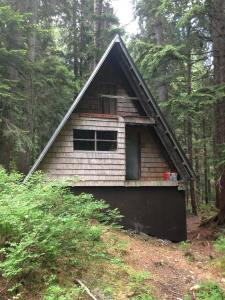 Timewell Memorial Cabin, Burke Mountain