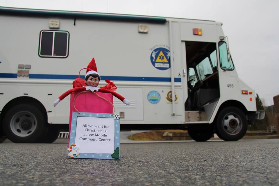 It's Prusik's last day. We are hoping #SARelf returns next season. Happy holidays and have a safe new year from Coquitlam SAR.